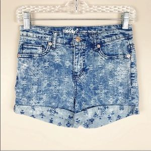 🌿Mossimo Bleached Aztec Print Jean Shorts